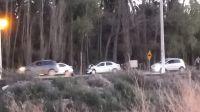 Otro auto que terminó en un desagüe, esta vez en Ruta Chica
