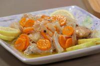 Escabeche de pollo: la tradicional receta sencilla y riquísima que te saca de un apuro