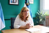 """Ministra Jara Tracchia: """"En las escuelas no se producen los contagios"""""""